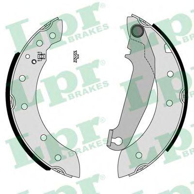 Комплект тормозных колодок LPR арт. 05750