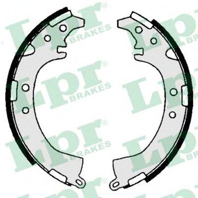 Комплект тормозных колодок LPR арт. 06680