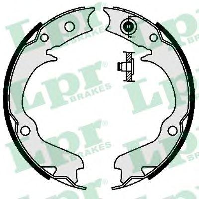 Комплект тормозных колодок, стояночная тормозная система LPR арт. 08360