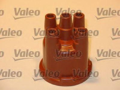Крышка распределителя зажигания VALEO арт. 243882