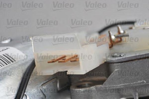 Двигатель стеклоочистителя VALEO арт. 403602