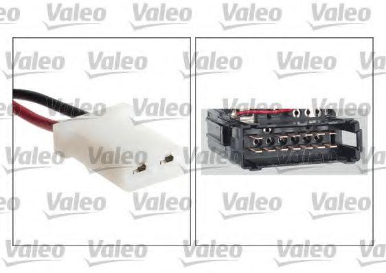 Выключатель на колонке рулевого управления VALEO арт. 251594