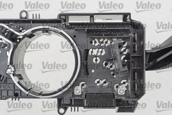 Выключатель на колонке рулевого управления VALEO арт. 251659