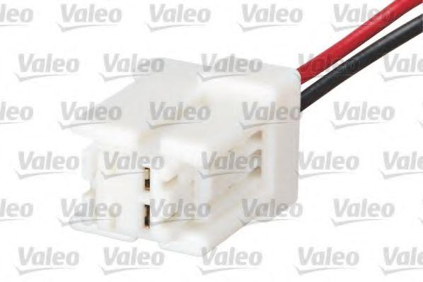 Выключатель на колонке рулевого управления VALEO арт. 251686