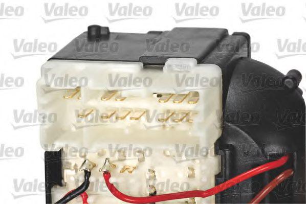 Выключатель на колонке рулевого управления VALEO арт. 251688