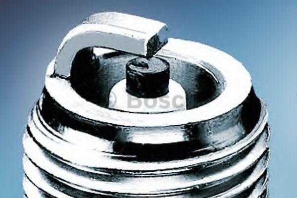 Свічка запалювання Bosch 0242235533