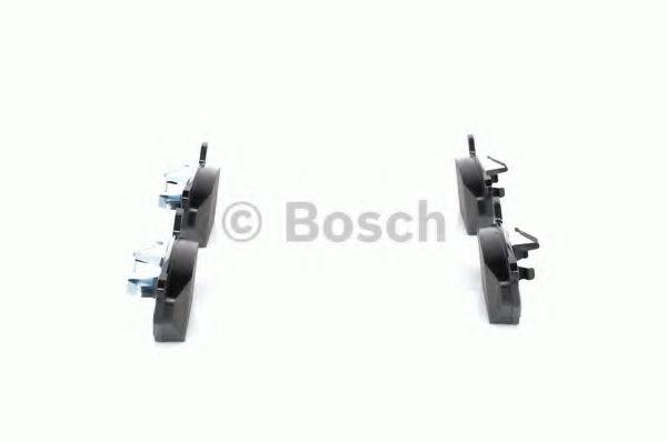 Комплект тормозных колодок, дисковый тормоз BOSCH арт. 0986424364