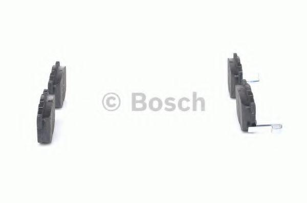 Комплект тормозных колодок, дисковый тормоз BOSCH арт. 0986424418