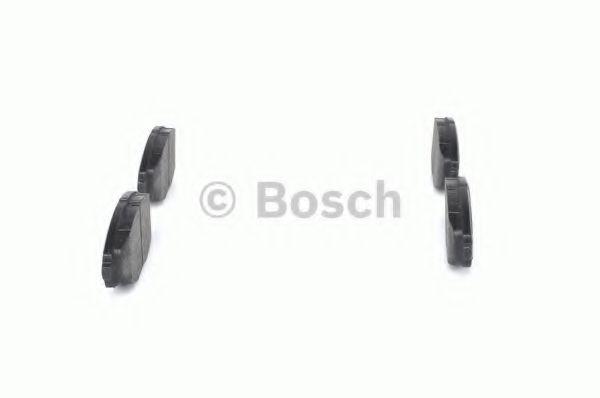 Комплект тормозных колодок, дисковый тормоз BOSCH арт. 0986424512