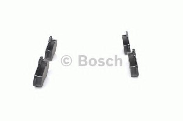 Комплект тормозных колодок, дисковый тормоз BOSCH арт. 0986424516