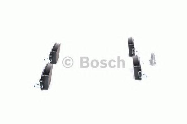 Комплект тормозных колодок, дисковый тормоз BOSCH арт. 0986424671