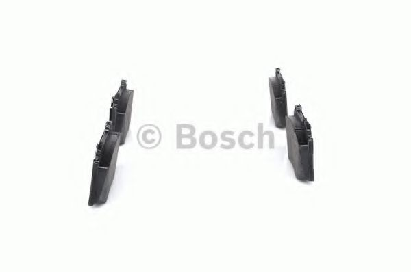 Комплект тормозных колодок, дисковый тормоз BOSCH арт. 0986424705
