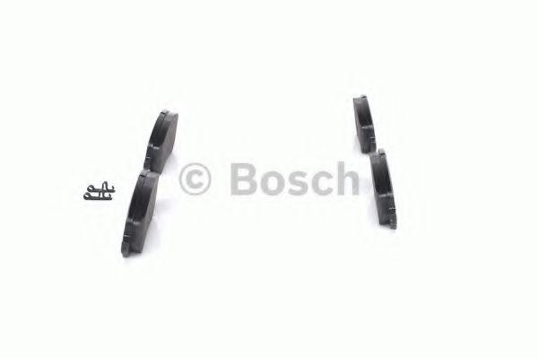 Комплект тормозных колодок, дисковый тормоз BOSCH арт. 0986424716