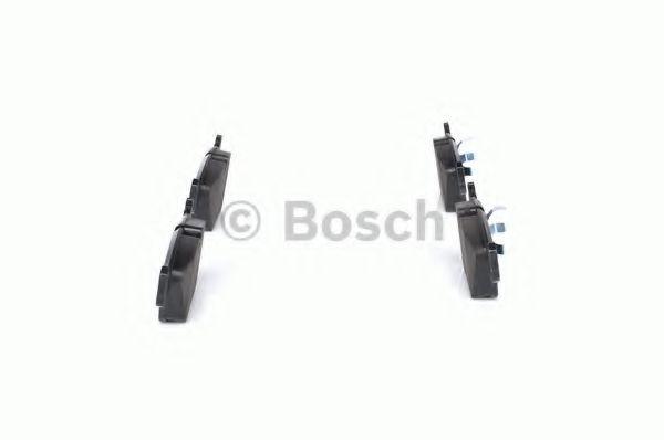 Комплект тормозных колодок, дисковый тормоз BOSCH арт. 0986490640
