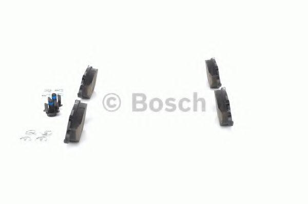 Комплект тормозных колодок, дисковый тормоз BOSCH арт. 0986494039