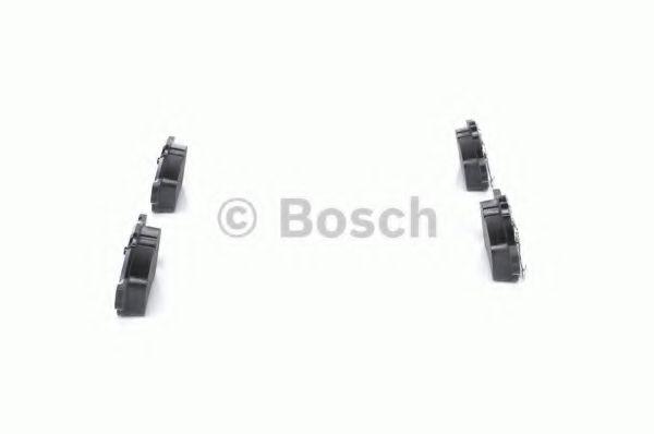 Комплект тормозных колодок, дисковый тормоз BOSCH арт. 0986494063