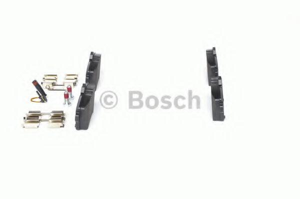 Комплект тормозных колодок, дисковый тормоз BOSCH арт. 0986494087