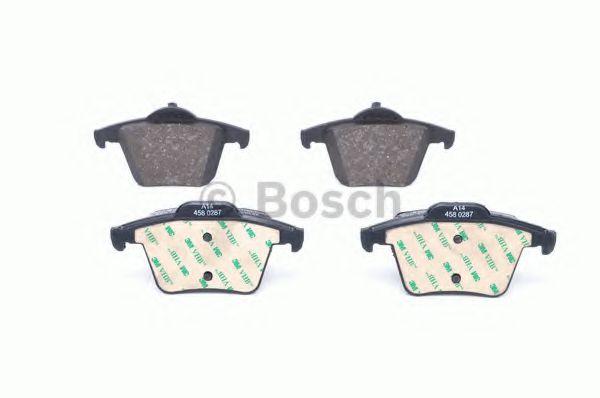 Комплект тормозных колодок, дисковый тормоз BOSCH арт. 0986494102