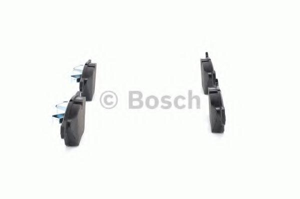 Комплект тормозных колодок, дисковый тормоз BOSCH арт. 0986494117