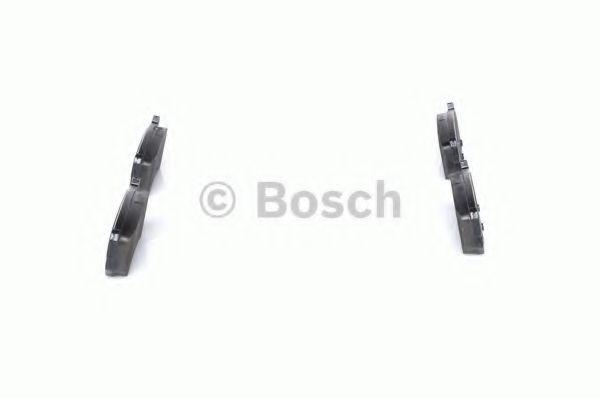 Комплект тормозных колодок, дисковый тормоз BOSCH арт. 0986494133