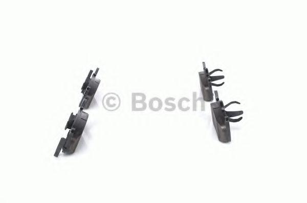 Комплект тормозных колодок, дисковый тормоз BOSCH арт. 0986494142