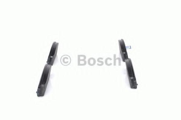 Комплект тормозных колодок, дисковый тормоз BOSCH арт. 0986494151
