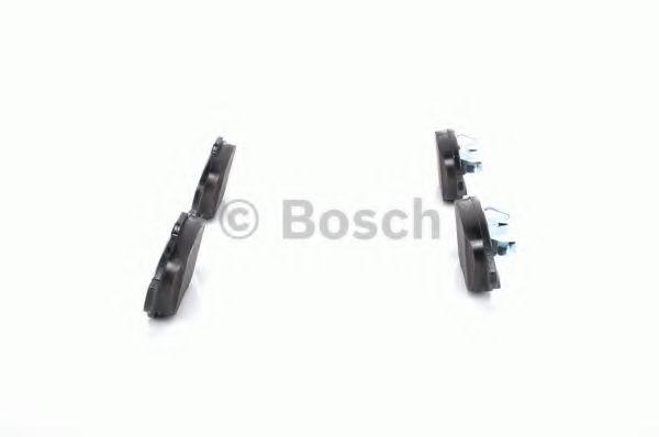 Комплект тормозных колодок, дисковый тормоз BOSCH арт. 0986494235