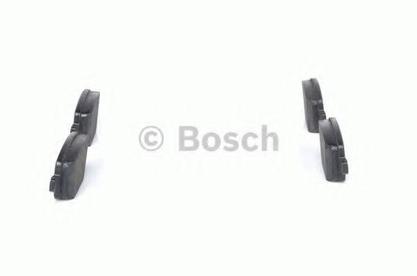 Комплект тормозных колодок, дисковый тормоз BOSCH арт. 0986494247