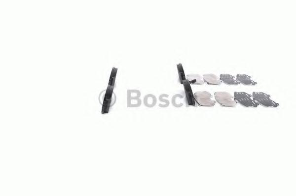 Комплект тормозных колодок, дисковый тормоз BOSCH арт. 0986494315