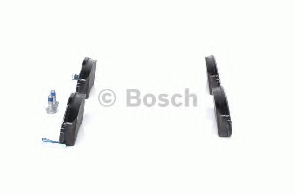 Комплект тормозных колодок, дисковый тормоз BOSCH арт. 0986494379