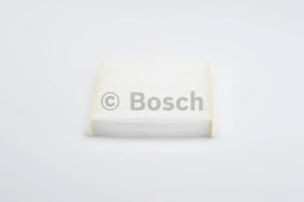Фильтр, воздух во внутренном пространстве BOSCH арт. 1987432228