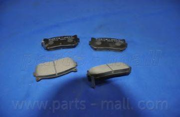 Комплект тормозных колодок, дисковый тормоз PARTSMALL арт. PKB008