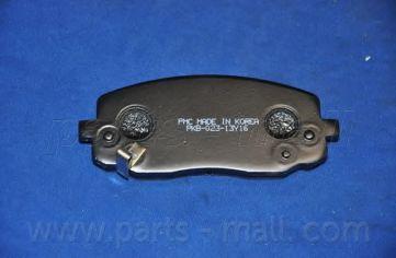 Комплект тормозных колодок, дисковый тормоз PARTSMALL арт. PKB023