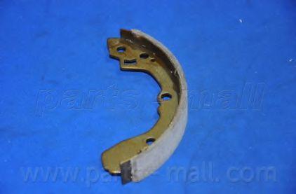 Комплект тормозных колодок PARTSMALL арт. PLB017