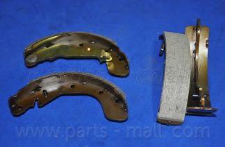 Комплект тормозных колодок PARTSMALL арт. PLC009